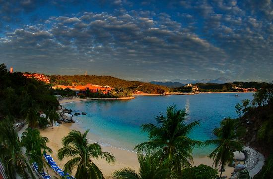 tourist safety in huatulco mexico and beach side beauty